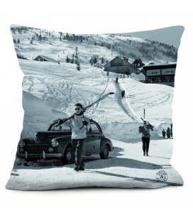 "Coussin ""Retour du ski"" 40 x 40 cm"