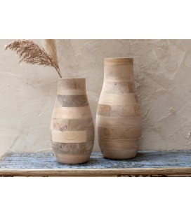 Vase Batwa small, en bois de manguier, maison Nkuku